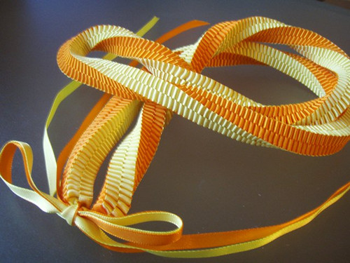 Twisted squareknot